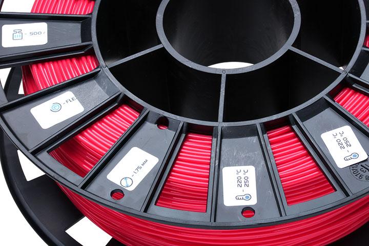 Фото нить для 3D-принтера FLEX пластик REC 2.85 мм красный