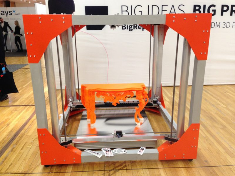 Фото 3D принтера BigRep One v3 3
