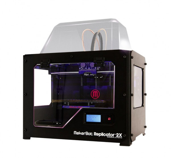 Фотография 3D принтера MakerBot Replicator 2х (1)