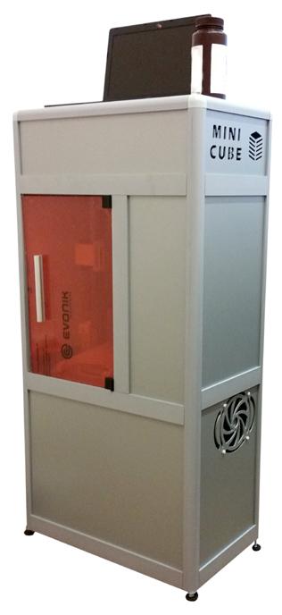Фото 3D принтера Minicube 2HD 1