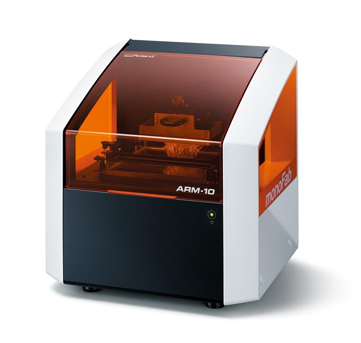Фото 3D принтера Roland ARM-10 1