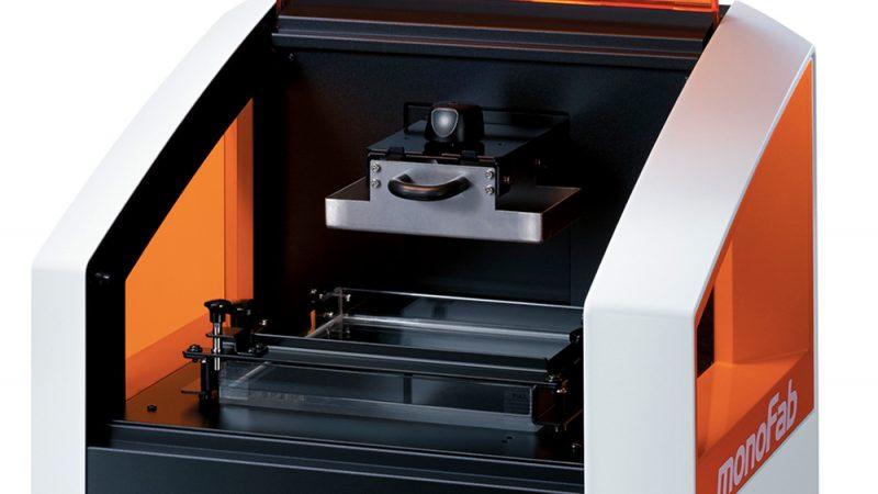 Фото 3D принтера Roland ARM-10 5