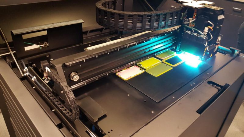 Фото 3D принтера Stratasys J750 6