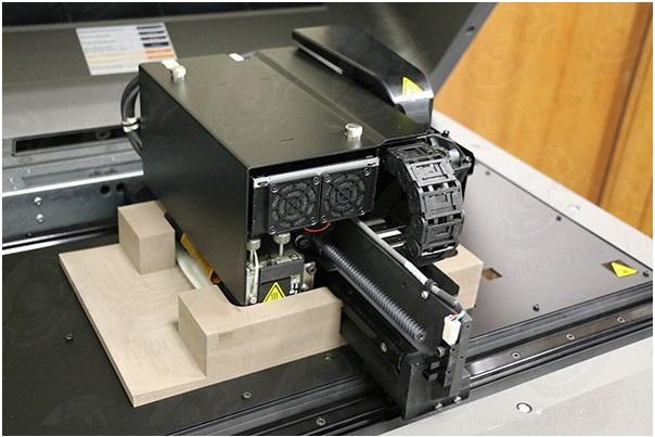 Фото 3D принтера Stratasys Objet 24 10