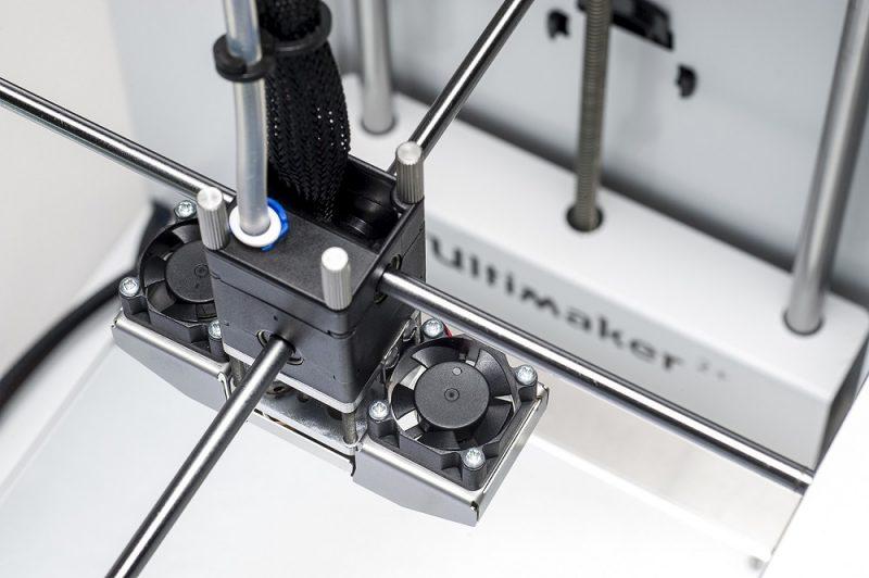 Фотография 3D принтера Ultimaker 2 + (3)