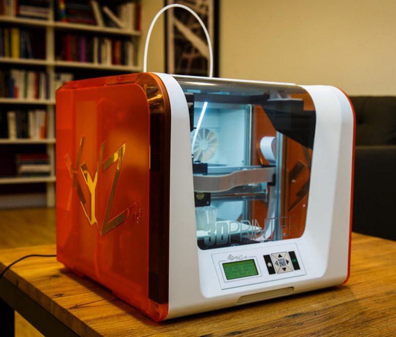 Фотография 3D принтера XYZprinting Da Vinci Junior (4)