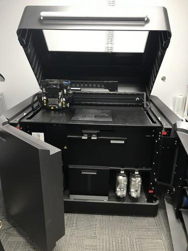 Фото 3D принтера Stratasys Objet350/500 Connex3 10