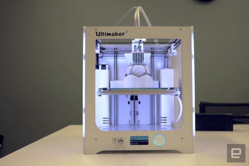 Фотография 3D принтера Ultimaker 3 (6)