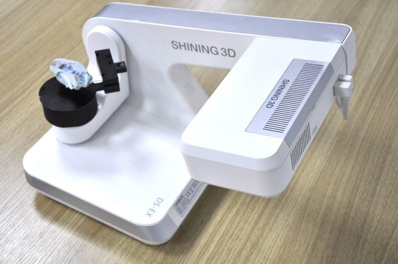 Фото 3D сканера Shining 3D AutoScan DS-EX 4
