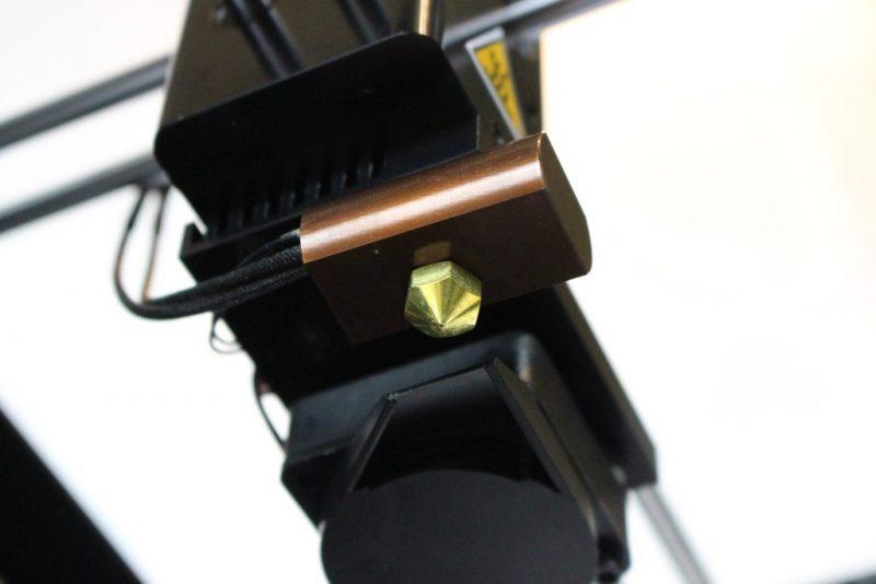 Фото 3D принтера Wanhao Duplicator 6 PLUS в корпусе 7