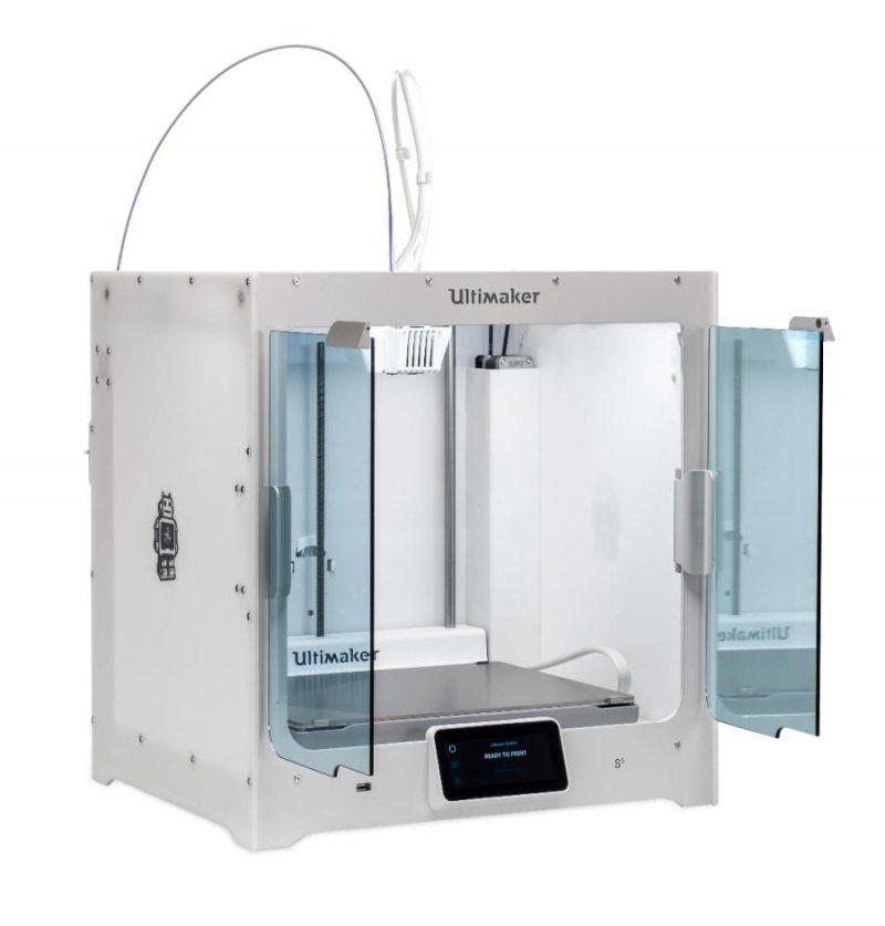 Фото 3D принтера Ultimaker S5 2