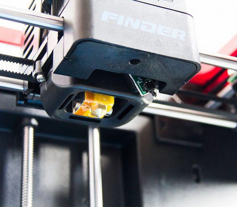 Фото 3D принтера FlashForge Finder 11