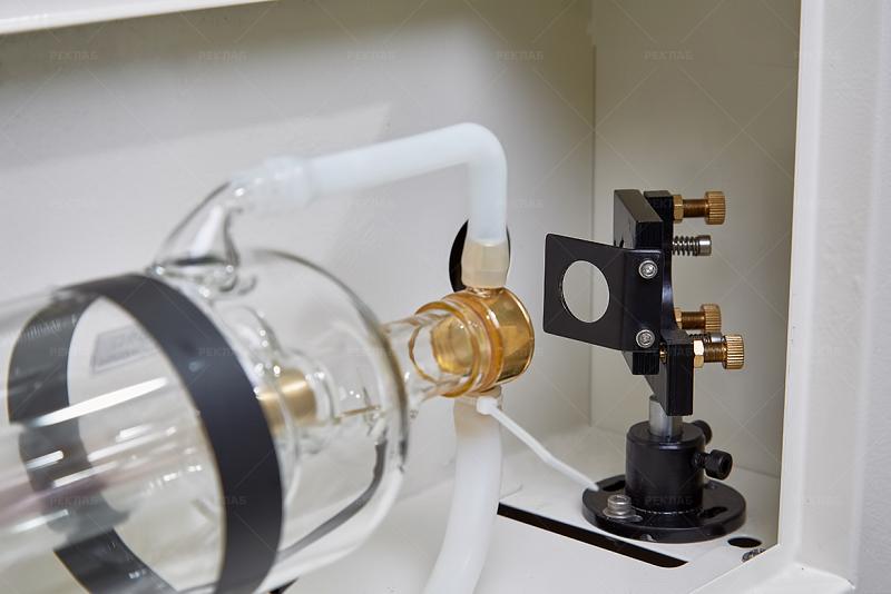 Фото лазерного гравировального станка Supreme 6040 7