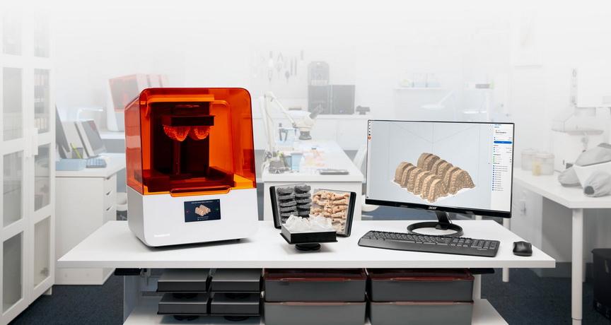 Фото 3D принтера Formlabs Form 3B 3