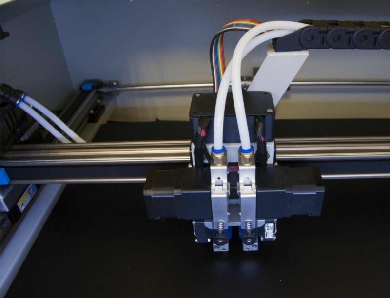 Фото 3D принтера CreatBot D600 4