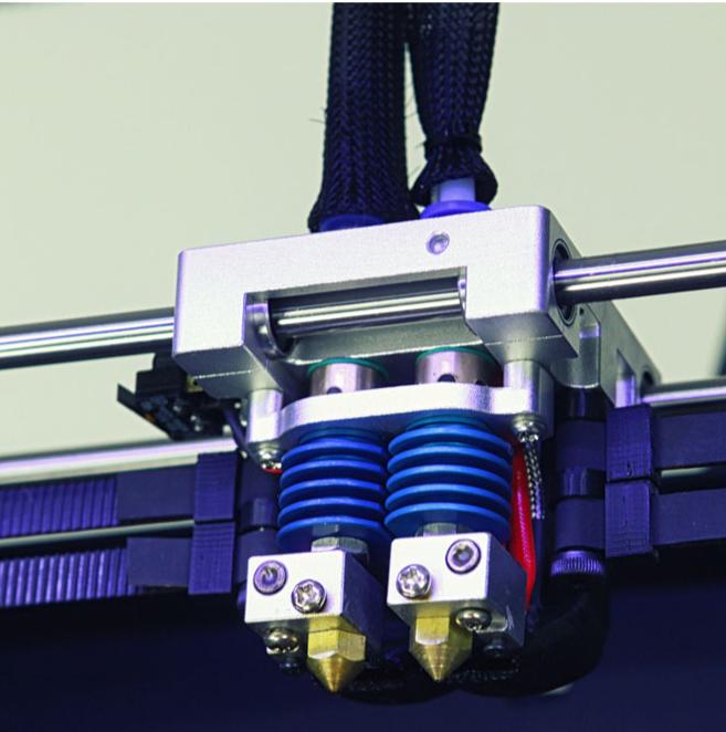 Фото 3D принтера CreatBot DE PLUS 5