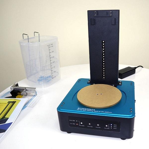 Фото устройства для очистки и дополнительного отверждения моделей Anycubic Wash&Cure 8
