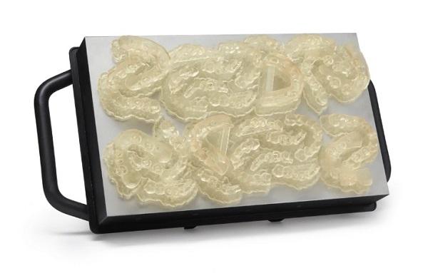 Фото 3D принтера Formlabs Form 3BL 5